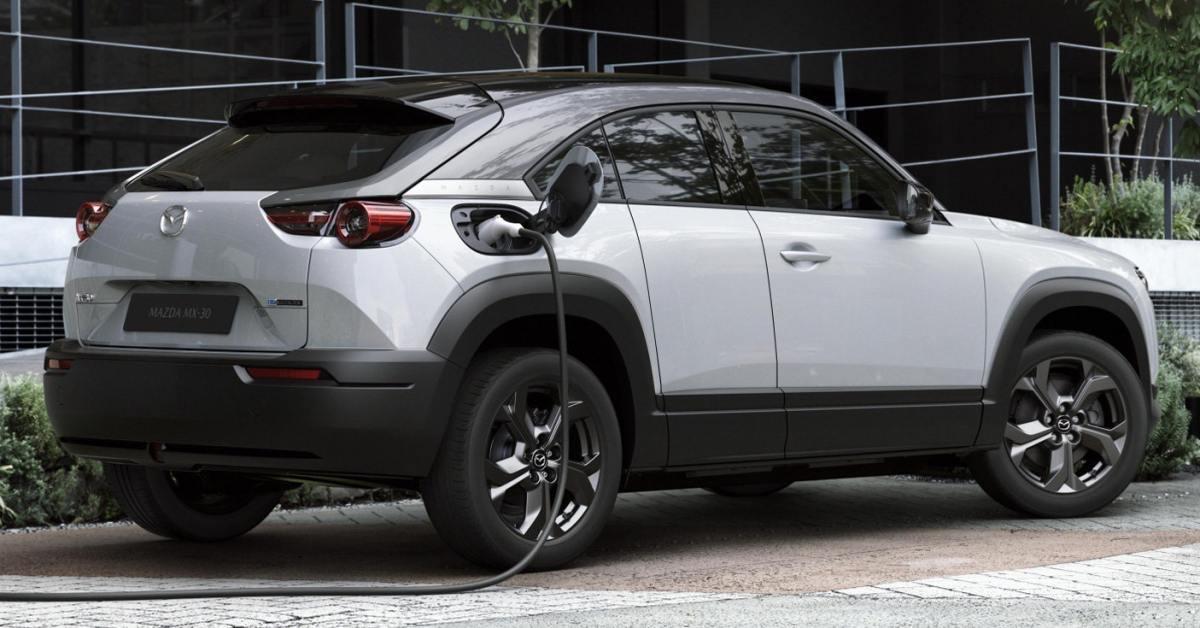 Mazda: elektromobily škodí přírodě víc než diesel