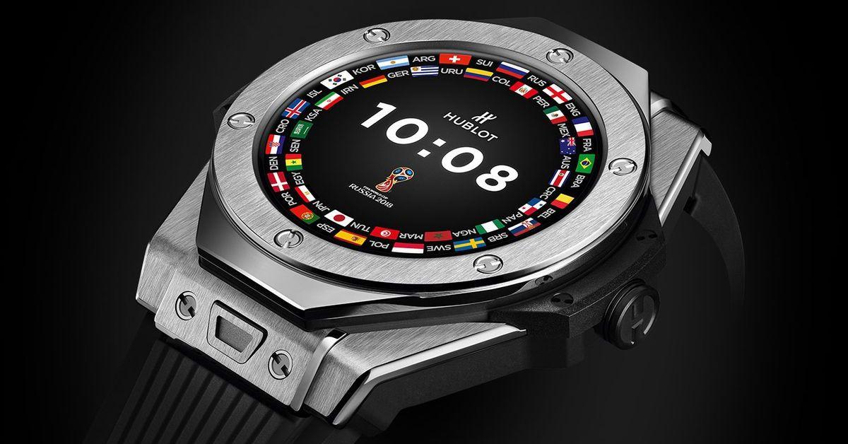 Fotbalové MS se bude pískat podle chytrých hodinek