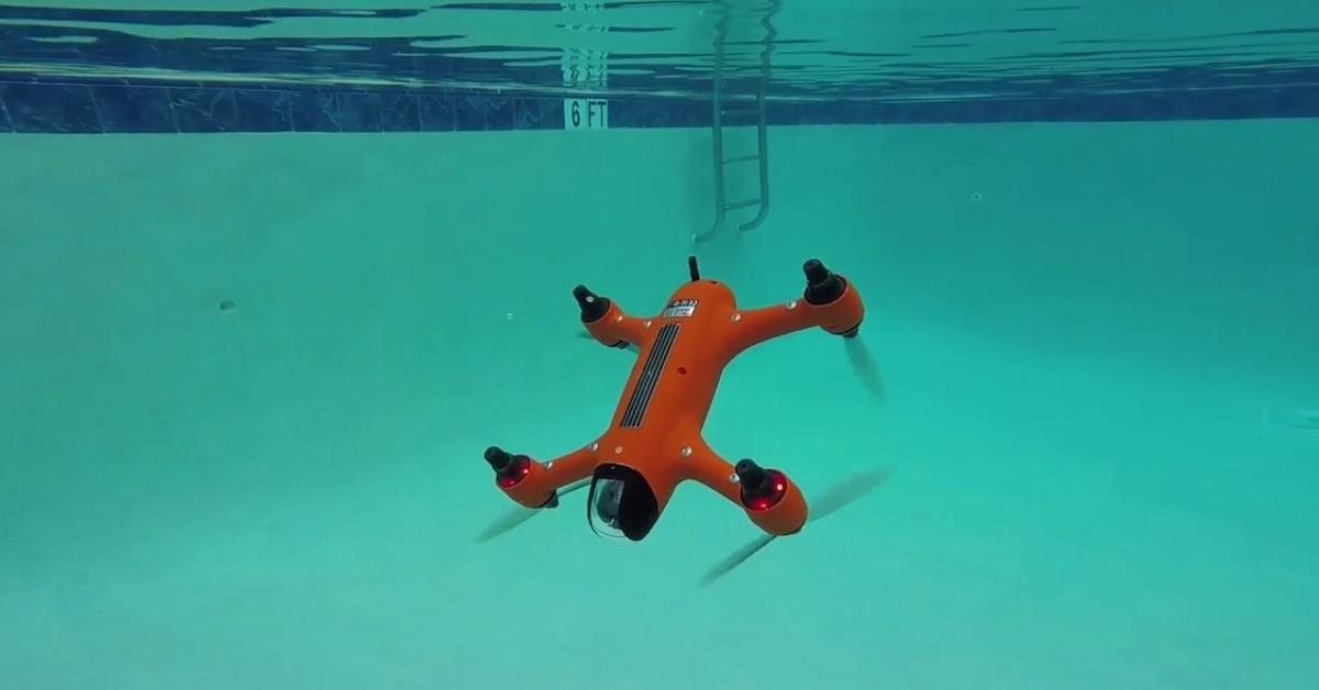 Létající ponorka? Dron SPRY umí létat i plavat