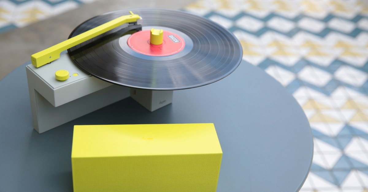 Vinyly s sebou! DUO se skládá jako stavebnice