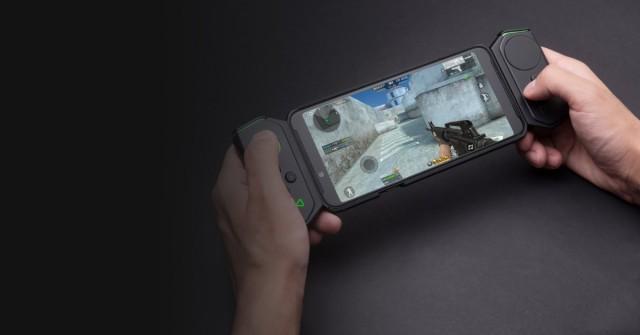 Herní telefon od Xiaomi má vlastní joysticky