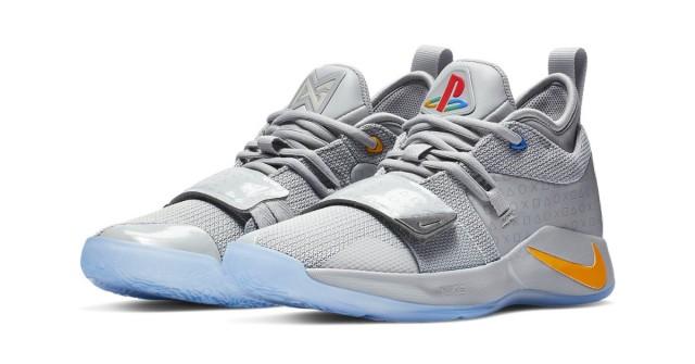 Nové kecky od Nike se inspirovaly designem PlayStationu