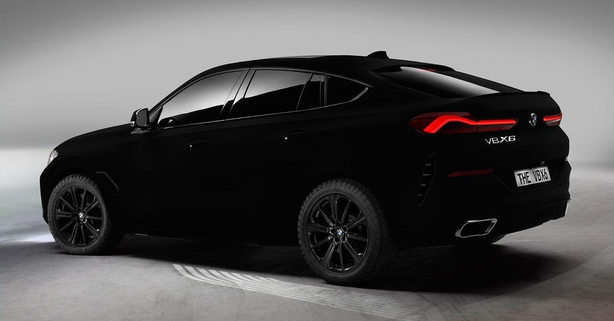 Černočerné BMW neodráží téměř žádné světlo